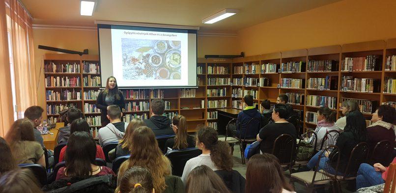 Író – olvasó találkozó dr. Hajdu Zsanettel